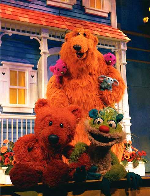 bear-in-the-big-blue-house.jpg