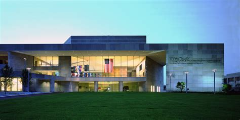 constitution center.jpg
