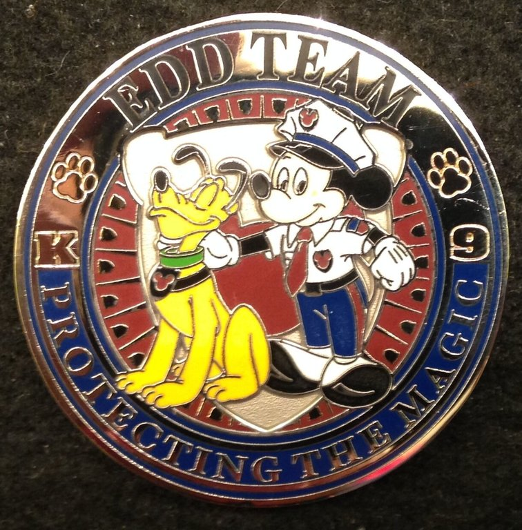 disneyland-security-recognition-award-k-9-challenge-coin-walt-disney-world_201903895075.jpg