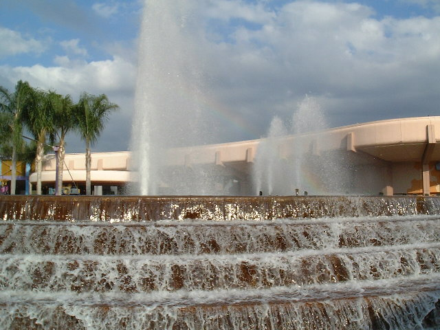 Epcot_Fountain_of_Nations_with_rainbow.jpg