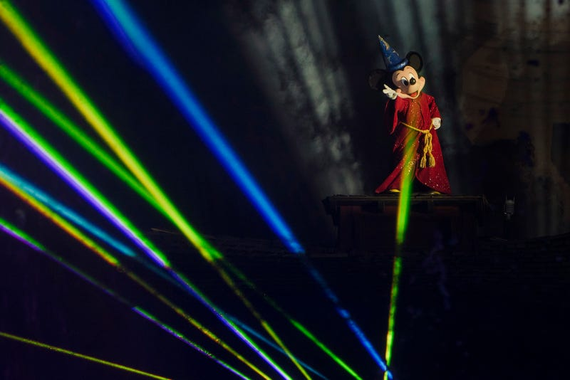 Fantasmic (Sorcerer finale).jpg