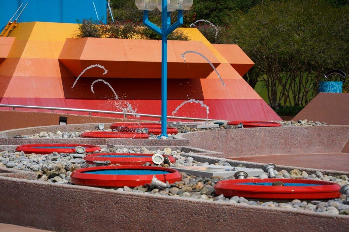 imagination-pavilion-fountains-4-1992765-1200x800.jpg