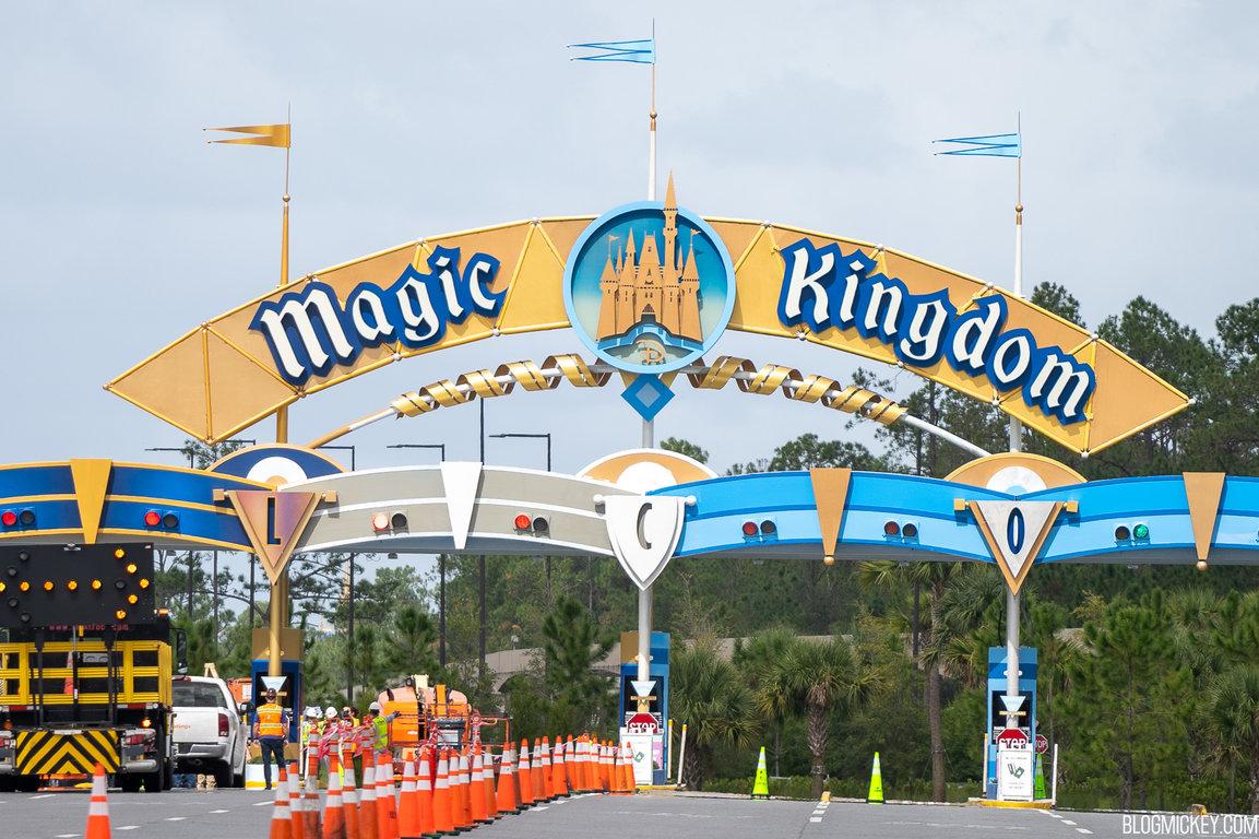 magic-kingdom-toll-plaza-repainting-10202020-2.jpg