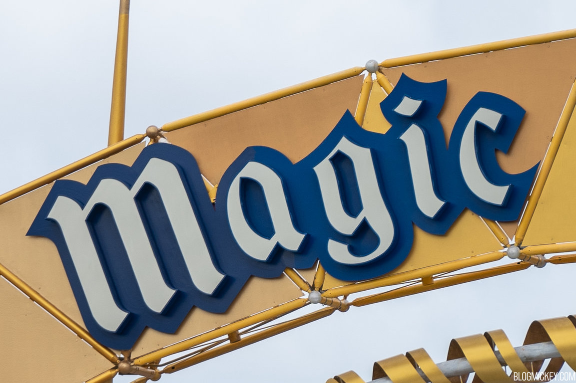 magic-kingdom-toll-plaza-repainting-10202020-5.jpg