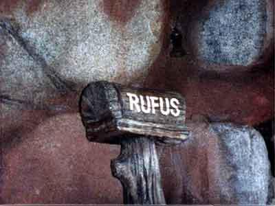 Rufus Mail Box Splash Mountain.png
