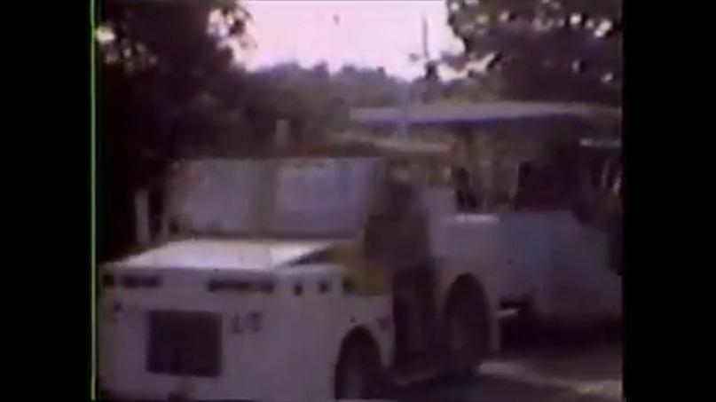 Tram 1973 - airport 2.jpg