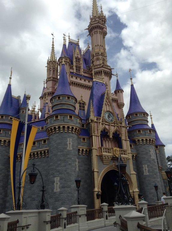 WDW - Castle from side.jpg