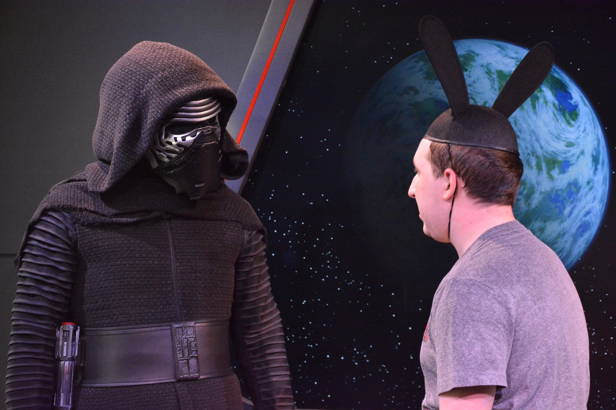 Meeting Kylo Ren(1/2)